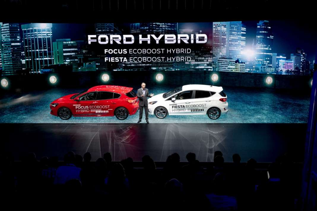 2019_FORD_GOFURTHER_4_AT_THE_SHOW-6
