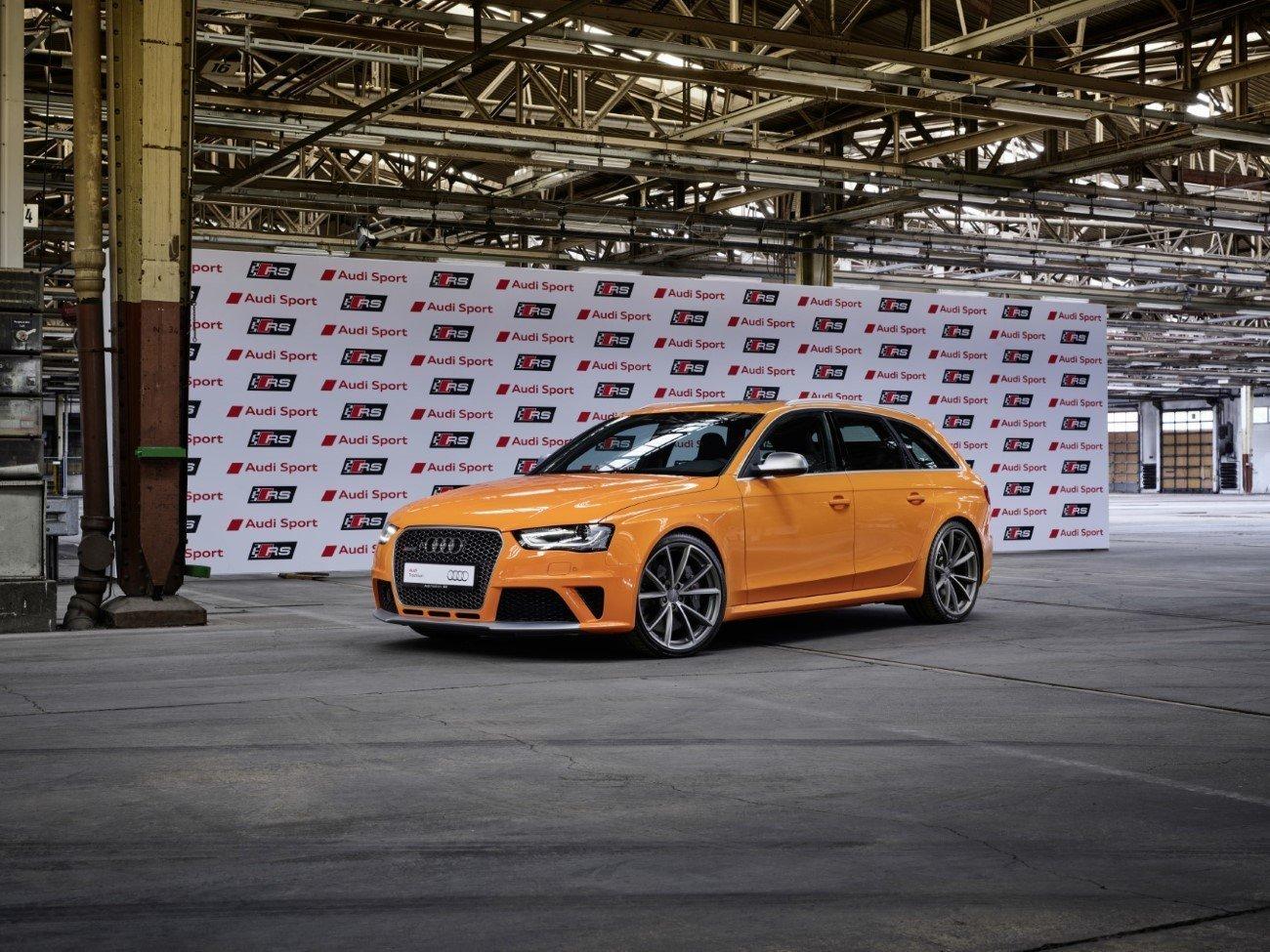 Audi RS 4 Avant (Typ B8), glutorange