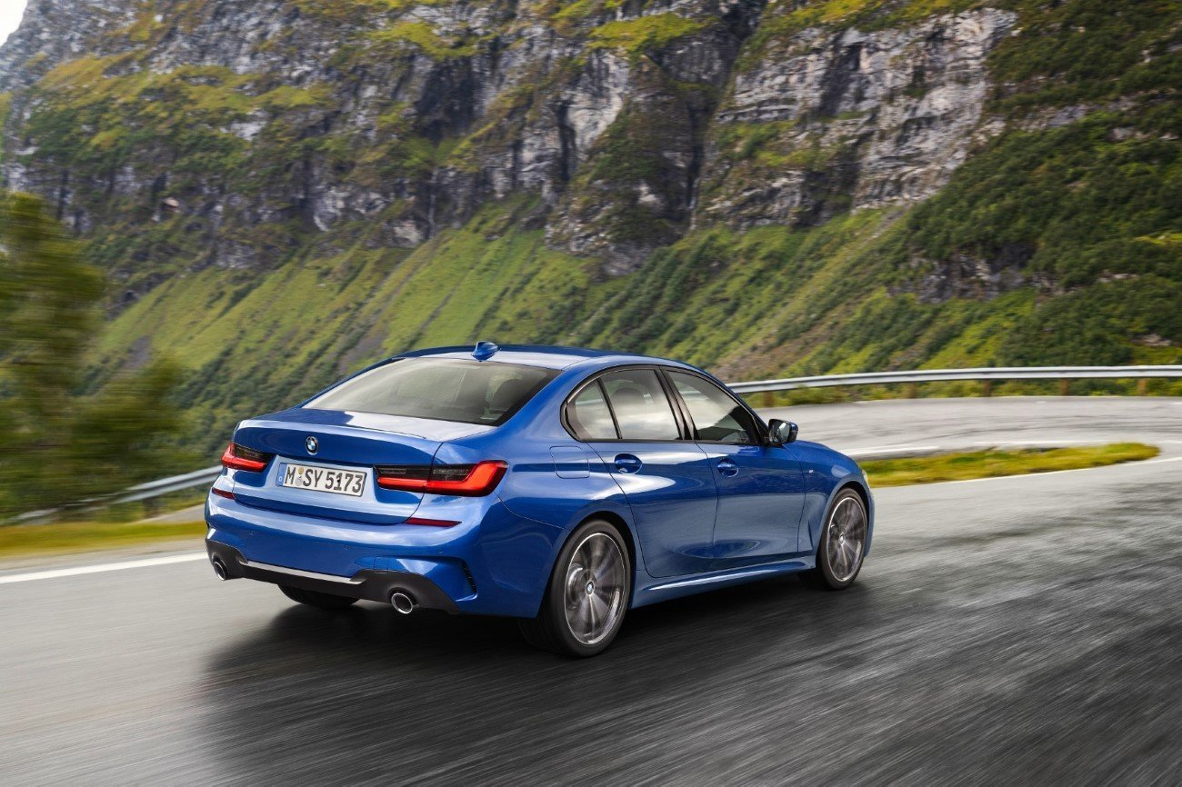 SAFETY AWARD FOR BMW 3 Series
