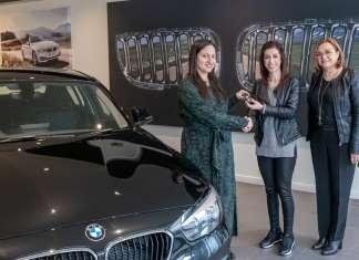 PIKALOUTAS EUROPA DONNA BMW118i photo