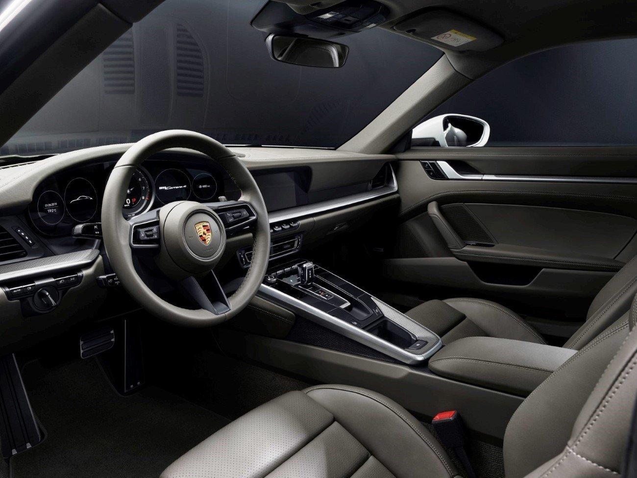 THE NEW PORSCHE 911 CARRERA 4 CABRIO