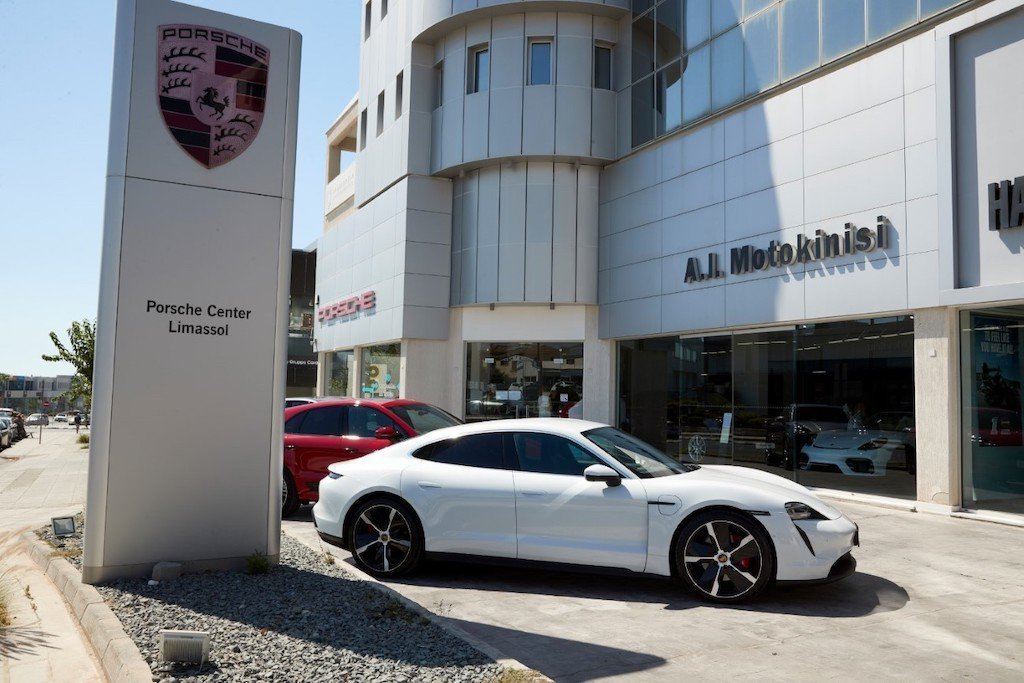 Porsche press drive 2020