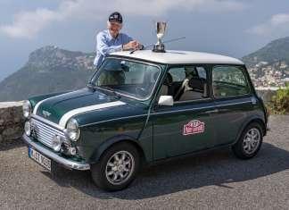 Paddy Hopkirk monte carlo rally 1964 mini
