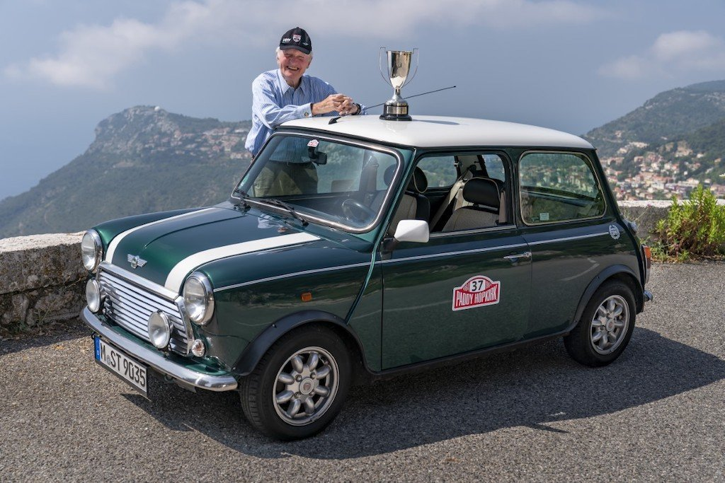 Paddy Hopkirk monte carlo rally 1964 mini