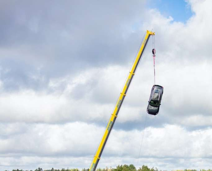 Volvo Cars drops new cars from 30 metres
