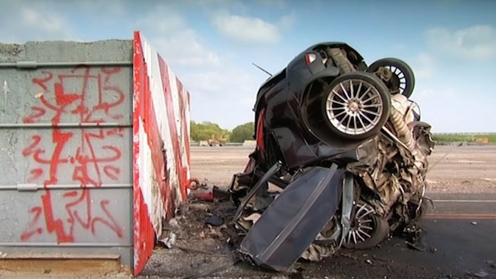 FORD FOCUS 200KPH CRASH TEST FIFTH GEAR
