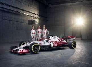 Alfa Romeo Racing ORLEN with Drivers 2021 FORMULA 1