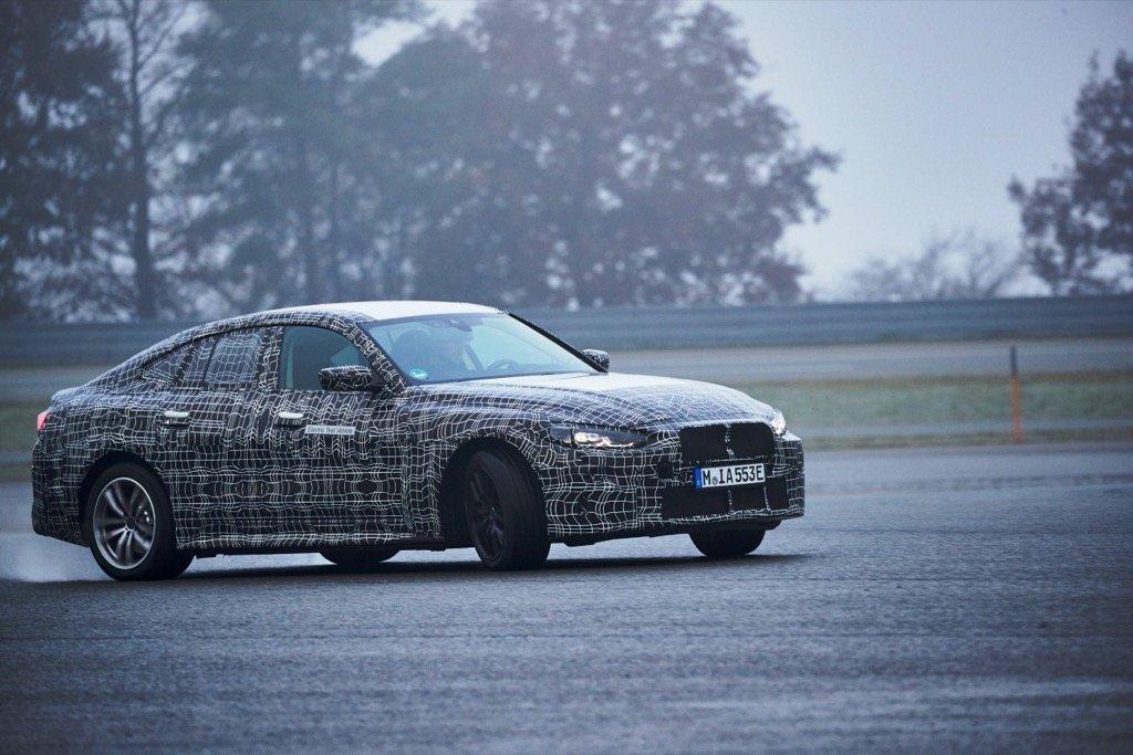 BMW i4 Prototype drifting