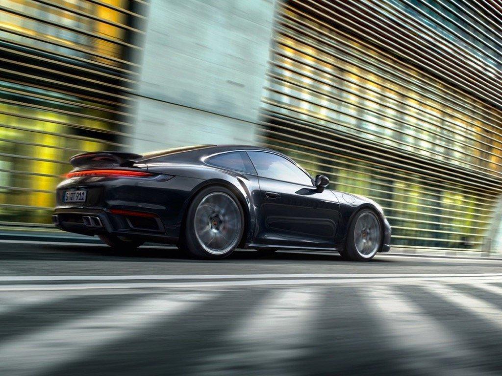 2021 World Car Awards Porsche 911 Turbo