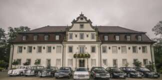 "Mercedes-Benz S-KlasseThe Tradition of the Mercedes-Benz S-Class"""