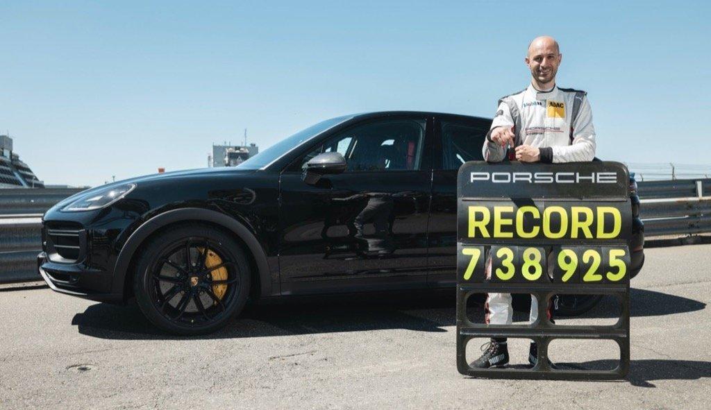 Record for Porsche Cayenne a.i Motokinisi Cyprus