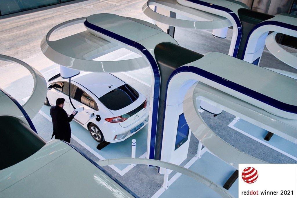 Hyundai 2021 Red Dot - Little Big e-Motion